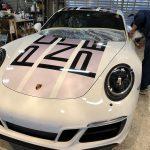 Porsche-911カレラGTS☆ステッカー車にも!ガラスコーティングでございます♪