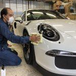 Porsche GT3RSに無敵の名を持つガラスコーティングを